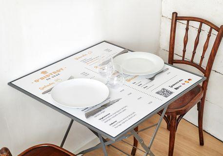 Set de table adhésif anti-bactérien